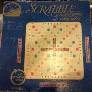 1976 Scrabble Deluxe Like New